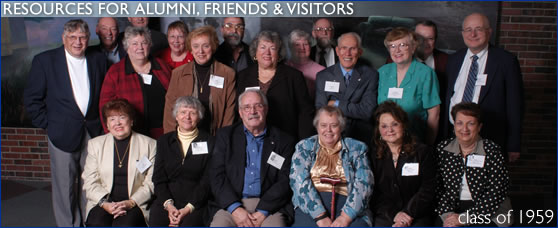Photo of the members of the class of 1959 that attended Alumni Reunion Weekend 2004